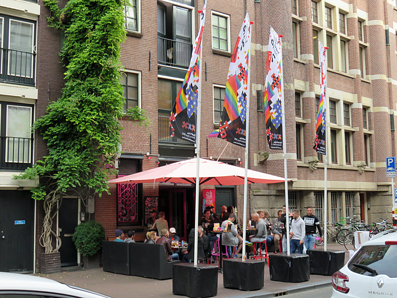 De Spuistraat met gay café Prik in 2016